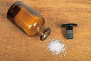 соль и квасцы